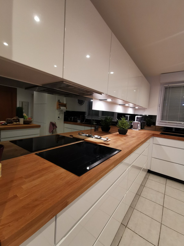 pose cuisine composée de 24 meubles par les cuisinologues